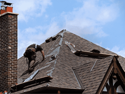 The advantages of hiring roofing and repair services Roof leaks when it rains hard